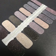 Load image into Gallery viewer, Eyeshadow Palette- Glitter - Yay to Nails