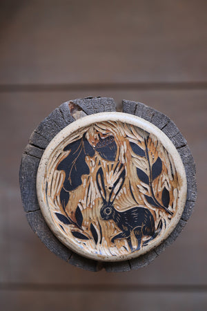 Load image into Gallery viewer, 141 Hare Incense Dish