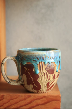 Load image into Gallery viewer, 83 Moth Mug 18 oz