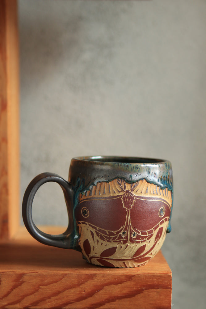 Load image into Gallery viewer, 31 Moth Mug 14 oz