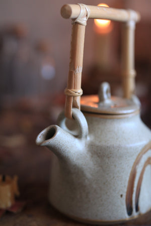 Load image into Gallery viewer, 102 Stoneware Teapot