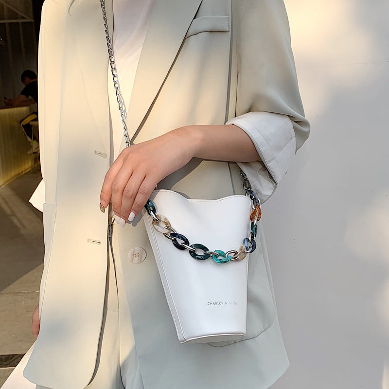 Luxury Acrylic Chain Bucket Bags Chic Handbag PU Leather Messenger Bags for Woman Brand Designer Shoulder Crossbody Bag White