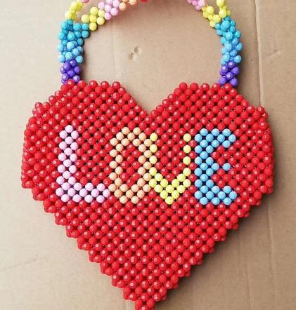 2019 New Heart-shaped Beaded Wrapped Hand-held Beads Handmade Ins Pack Niche Design Personality Loving Love Bead Bag