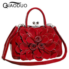 QIAODUO Bags Handbags Women Famous Brands Fashionable Rhinestones Patent Leather Women Messenger Bags Flowers Bridal Handbag Red
