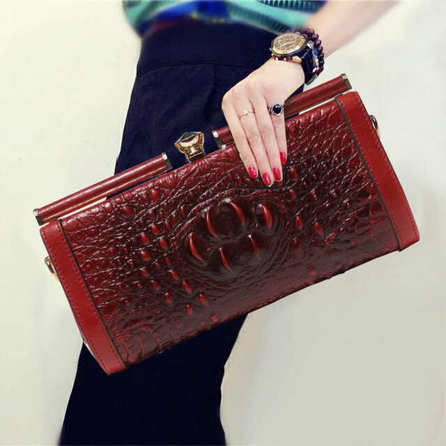 Woman's Genuine Leather Alligator Hasp Celebrity Day Clutches Handbag Clutch Wallet Purse Chains Shoulder Diamonds Banquet Bag
