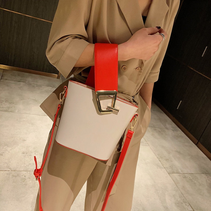 Wide strap Bucket Bag Women's Handbags Casual Pu Leather Shoulder Bags Lady Large Capacity Messenger Bag 2019 Designer Purses