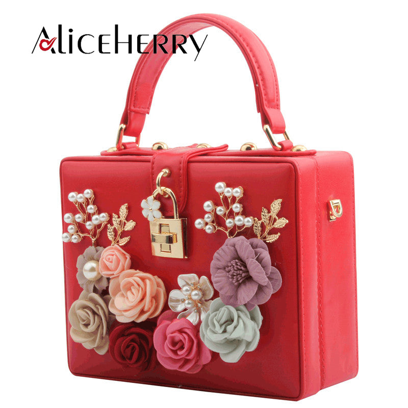 Luxury Handbags Women Bags Designer Diamond Shoulder Crossbody Bags Chains Evening Flap Bag Ladies Flower Box Lock Clutch Purse