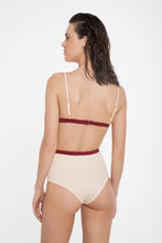 Nero-Top-and-Bottom-Light-Beige-Burgundy-Back
