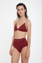 Nero-Top-and-Bottom-Light-Beige-Burgundy-Reversible