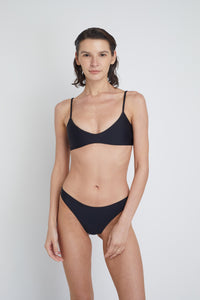 Ozero Swimwear Malawi Sustainable Bikini Top in Black, front view