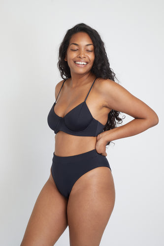 Ozero Swimwear Ontario Sustainable Bikini Top in Black, side view