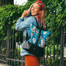 Load image into Gallery viewer, Daypack Ruksak Frida Edition Blue