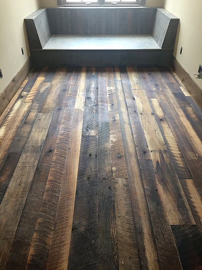 Reclaimed Flooring Mixed Hardwoods in small room
