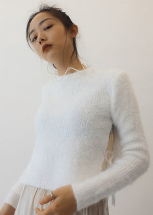 Furry top with side slits - White
