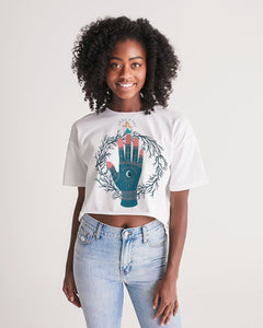 Cat and the Moon Women's Lounge Cropped Tee
