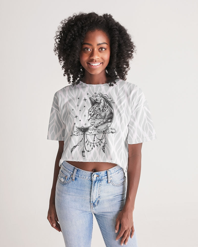 The Wise and the Wandered Women's Lounge Cropped Tee