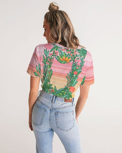Flower Cat Women's Twist-Front Cropped Tee