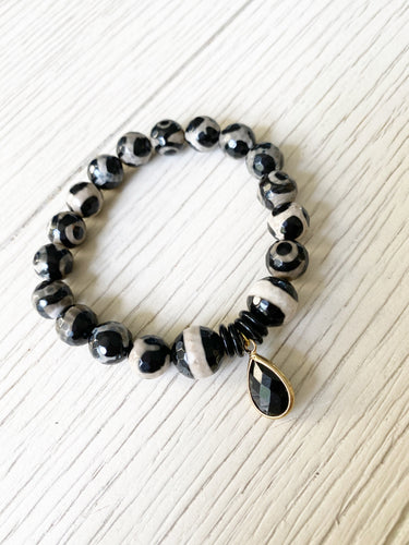 Marbled Black + Charm