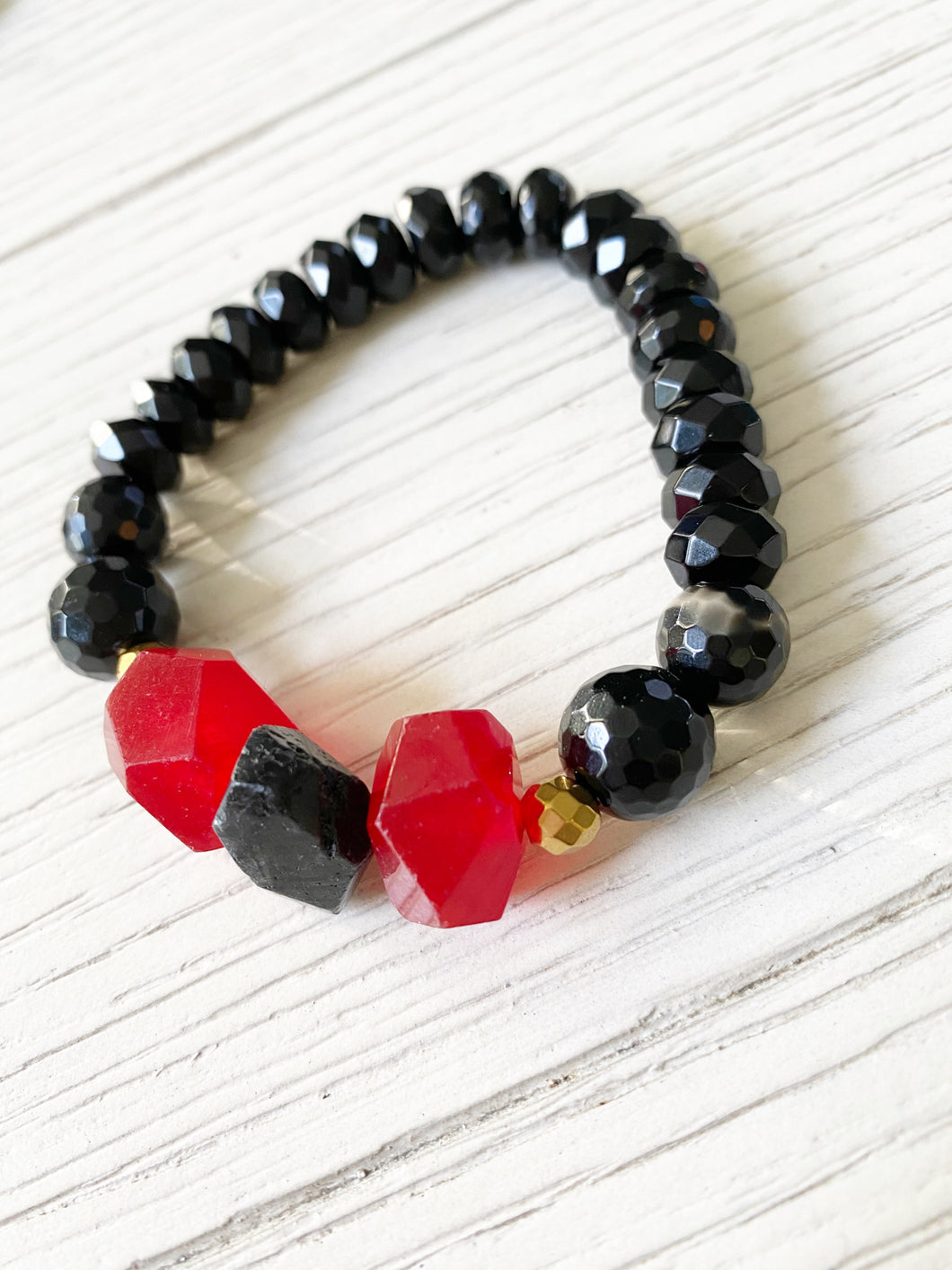 Red+Black Faceted