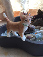 Load image into Gallery viewer, lovely cat figurine