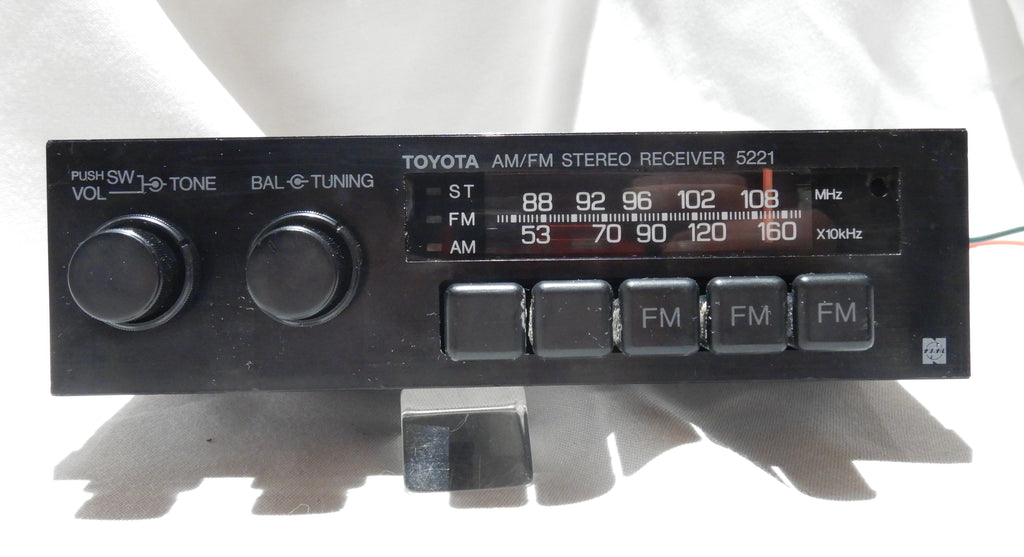 TOYOTA Radio, Model # 5221  LED Bulbs Illumination Update, Bench Tested In GOOD Working Order, Cleaned & Serviced Inside & Out