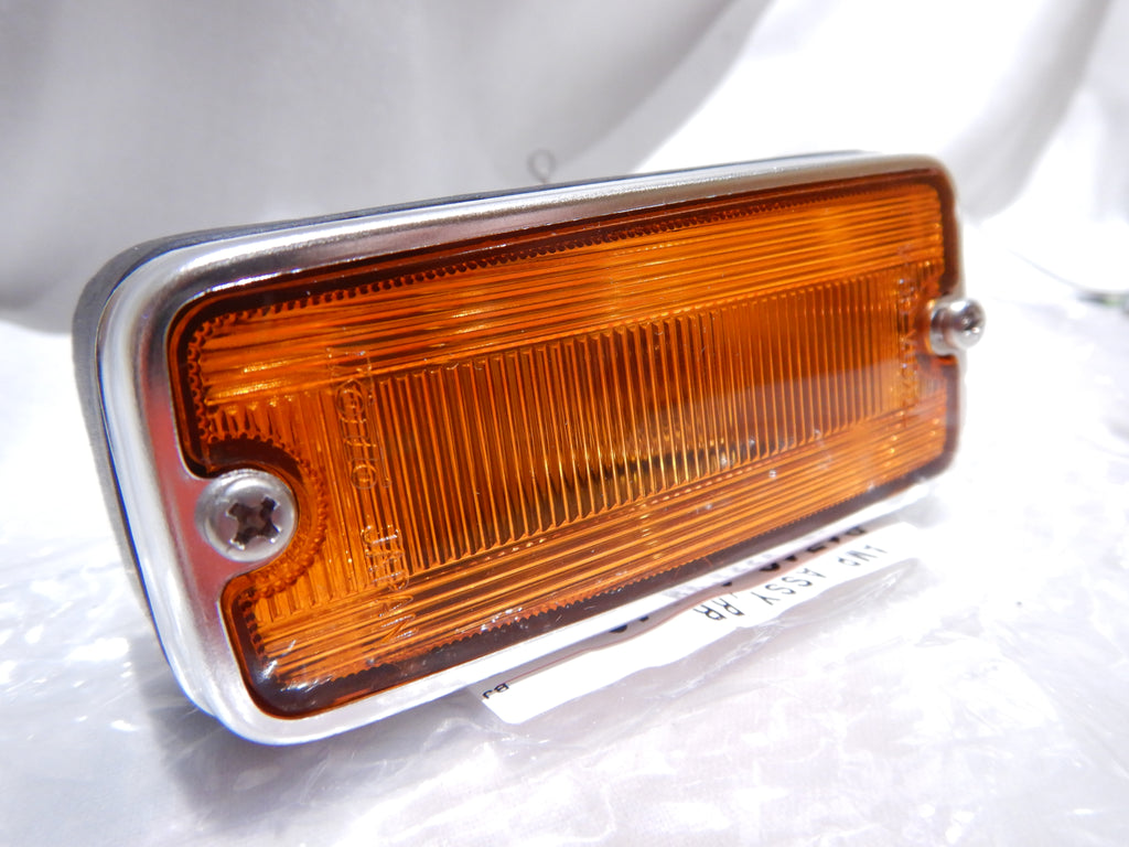 LED Set of AMBER KOITO TOYOTA OEM Parts SIDE Marker LED Bulbs Equiped   FJ40 LH  & RH  Lights Lamps