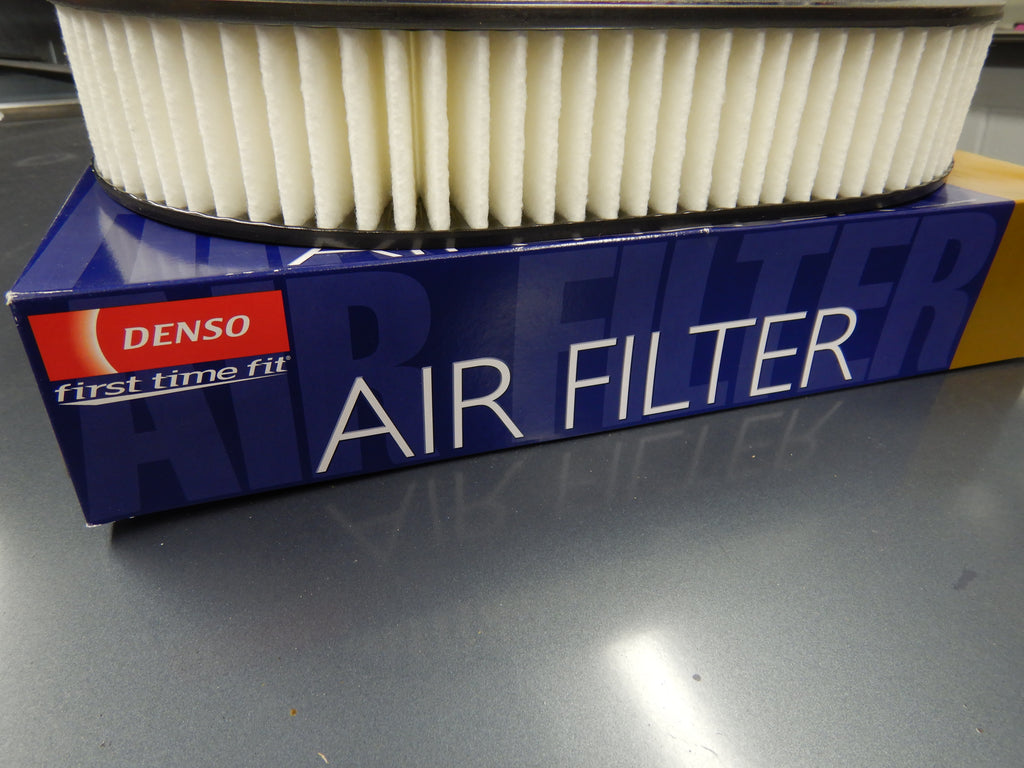 OEM Toyota Parts Maker DENSO /  NipponDenso  MADE IN JAPAN  Air Filter Assy. Land Cruiser FJ40, FJ55, FJ60  2F   1/75 - 9/87