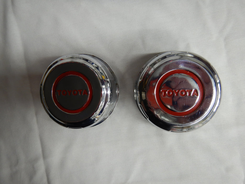 OEM TOYOTA Chrome Wagon Wheel Center Caps Set FJ40 , FJ55 , FJ60 , FJ62 , PRADO