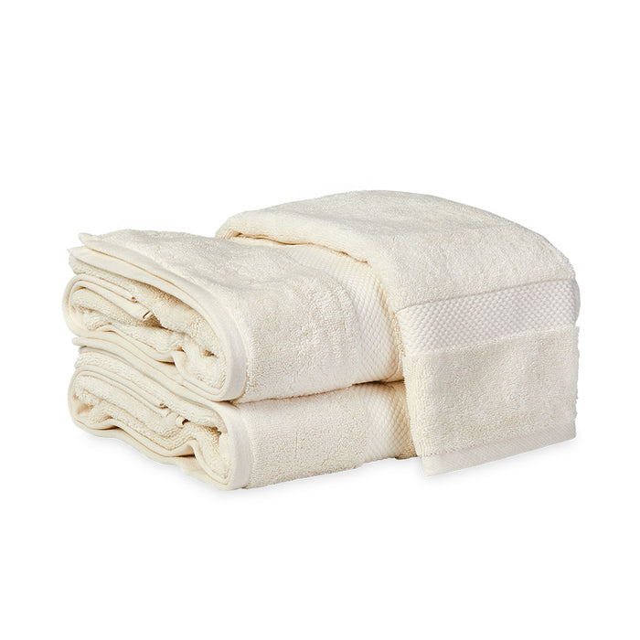 Guesthouse Bath Sheet - Cream
