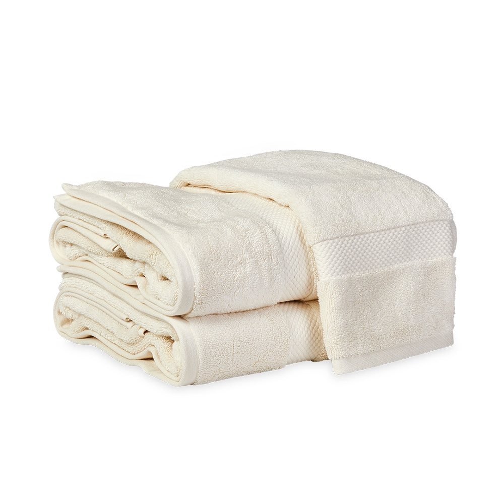 Guesthouse Bath Towel - Cream