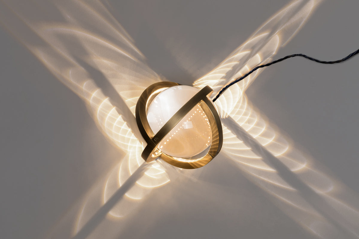 PLANETARIA GLOBE LIGHT - DARK BRASS