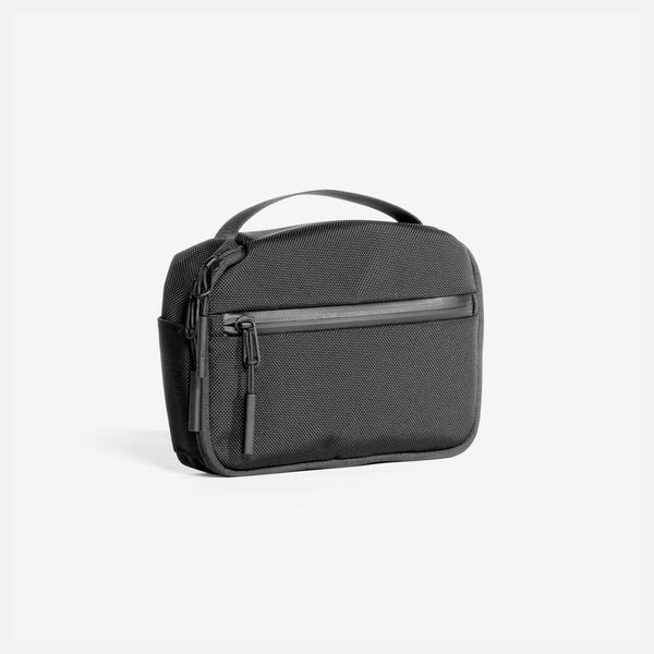 Travel Kit Black - Cool Material