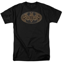 Batman - Aztec Bat Logo Short Sleeve Adult 18/1