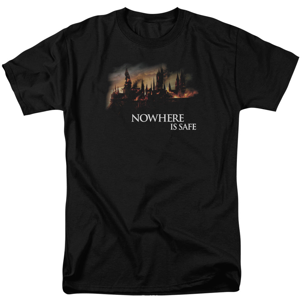 Harry Potter - Burning Hogwarts Short Sleeve Adult 18/1