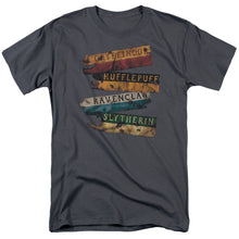 Harry Potter - Burnt Banners Short Sleeve Adult 18/1
