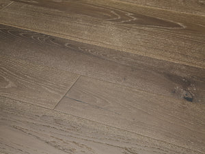 European White Oak Meerkat - Evergreen Wood INC