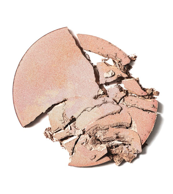delilah Pure Light Illuminating Powder Aura Swatch