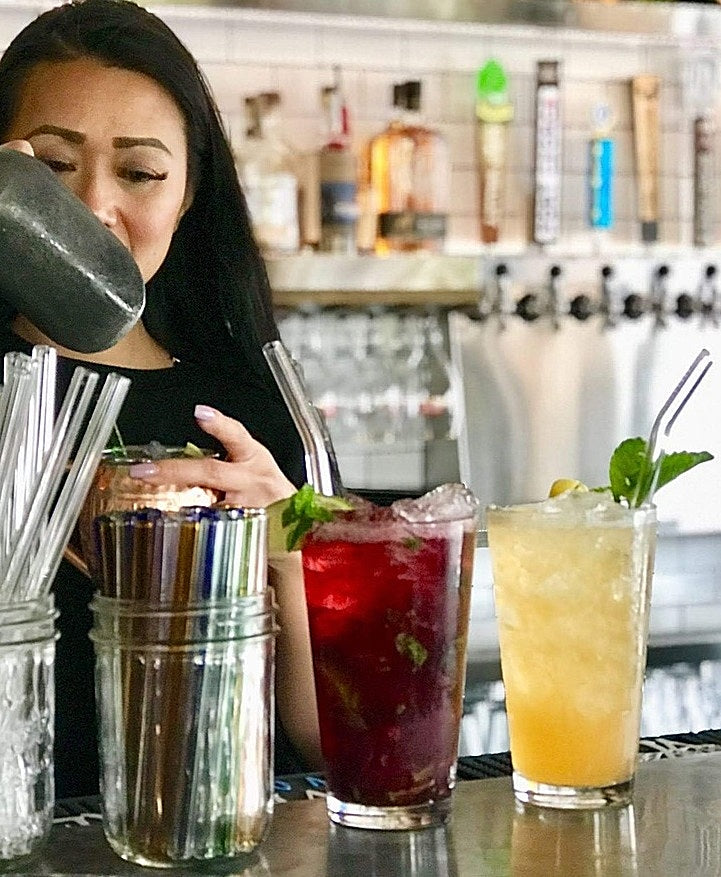 7 Reasons to Choose Glass Straws for Your Business