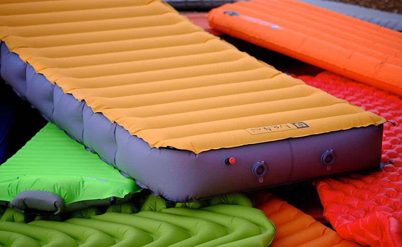 Goods for leisure: camping mats