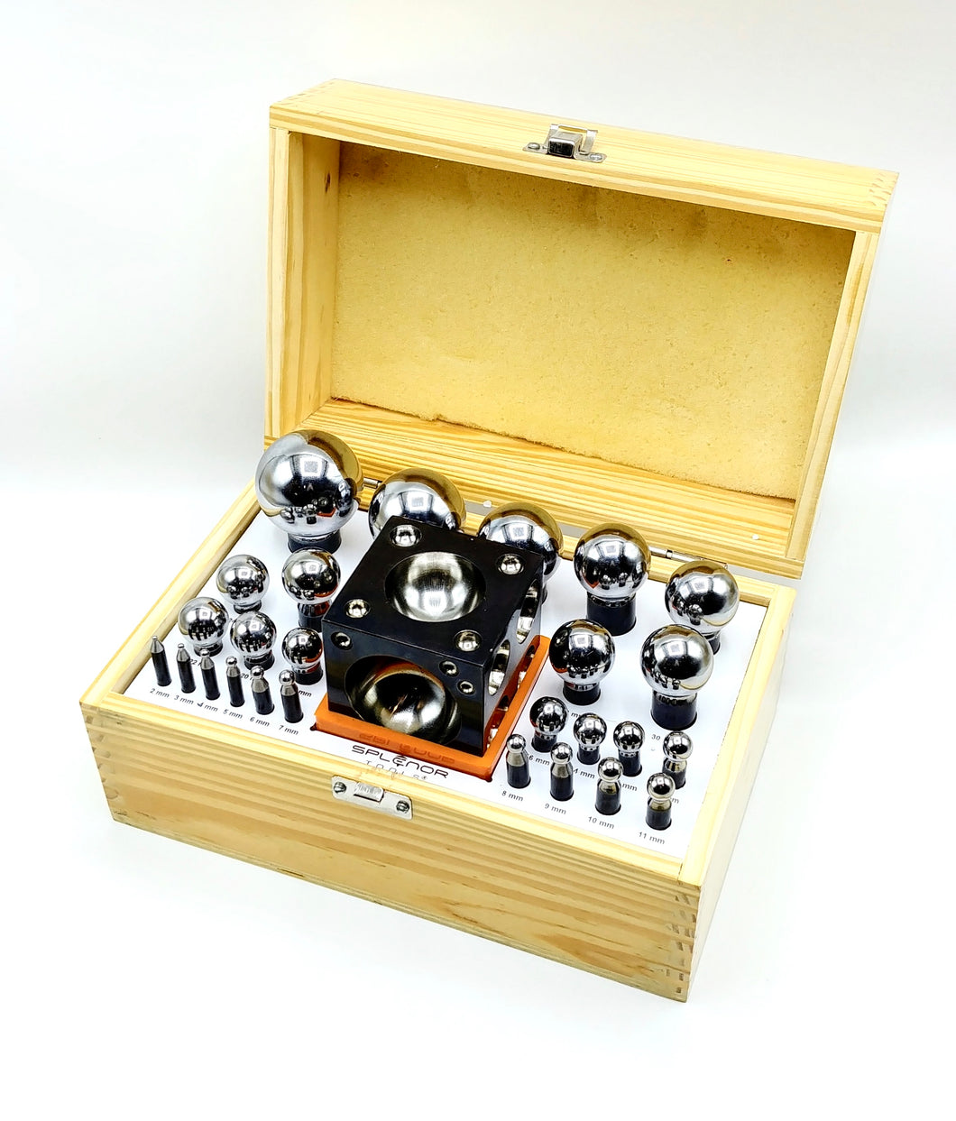 Dapping 26-Punch and Block Set, wooden box