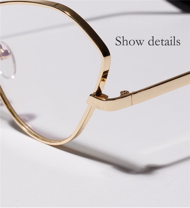 Clear Frame Oversized Cat Eye Sunglasses With Gold Frame