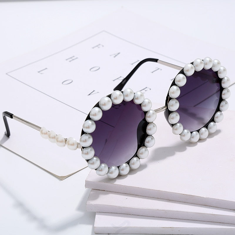 Load image into Gallery viewer, Pearl Round Sunglasses