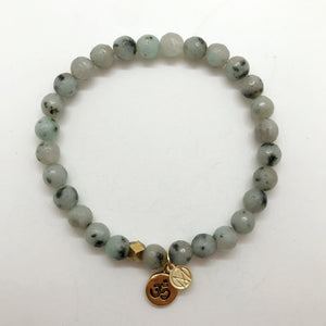 Kiwi Jasper with choice charm