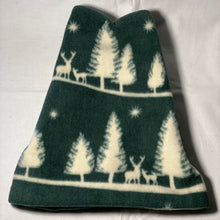 Load image into Gallery viewer, Pine Forest Fleece Hat