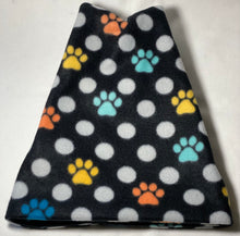 Load image into Gallery viewer, Polka Dot Paws Fleece Hat