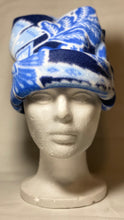 Load image into Gallery viewer, Blue Leaf Fleece Hat