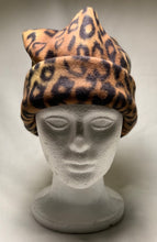 Load image into Gallery viewer, Leopard Fleece Hat