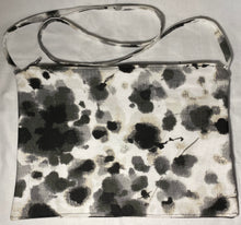 Load image into Gallery viewer, Canvas Paint Splotch Handbag