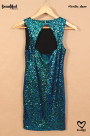Robe à sequins bleu