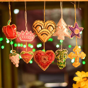 Handcrafted Decorative Hanging Ornaments Door Entrance , Car (Set of 10)